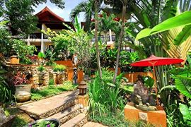 Thailand Holidays - Amazing Koh-Samui Holiday Deals - Rocky's Boutique Resort - tropical garden