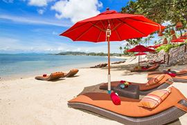 Thailand Holidays - Amazing Koh-Samui Holiday Deals - Rocky's Boutique Resort - beach loungers