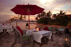 Thailand Holidays - Amazing Koh-Samui Holiday Deals - Rocky's Boutique Resort - beach-dining
