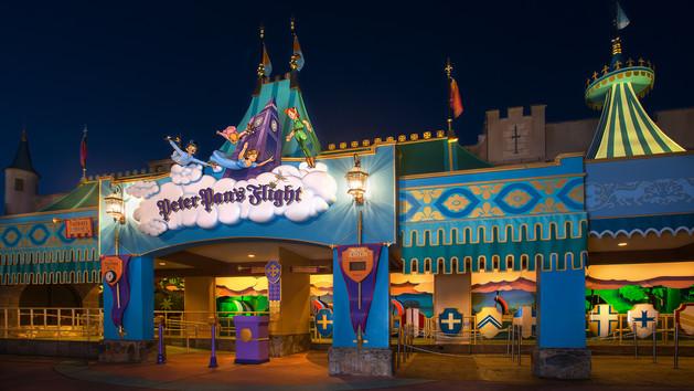 Disney Pixar Monsters University 3 Piece Room In A Box: Disney Magic Kingdom Attractions 2018