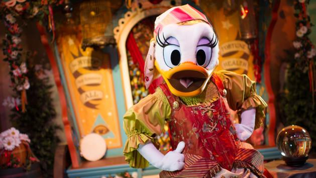 Disney Magic Kingdom Entertainment 2018 Orlando Florida