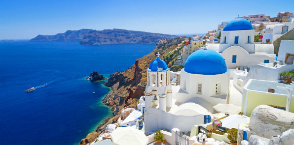 Sit back and chill out in the Santorini Sun with Barrhead Travel